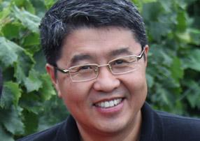 植物营养专家 余涛教授